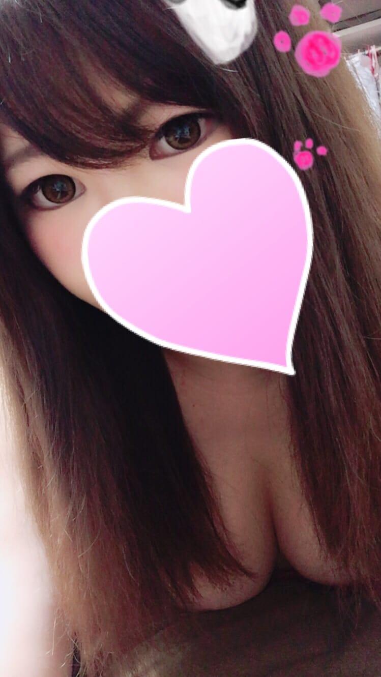 「シュッ =͟͟͞͞ (    ˙꒳˙)」10/22(日) 16:37   ここなっつの写メ・風俗動画