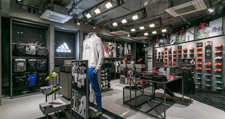 日本で最多ラインアップの adidas footballの新拠点が原宿に出現!