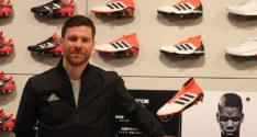 シャビ・アロンソのサイン入り!!<br>adidas最新シューズ「PREDATOR(プレデター)」を1名様にプレゼント!