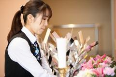 【事業拡大につき増員】お葬式の案内・接客スタッフ<究極のサービス業>
