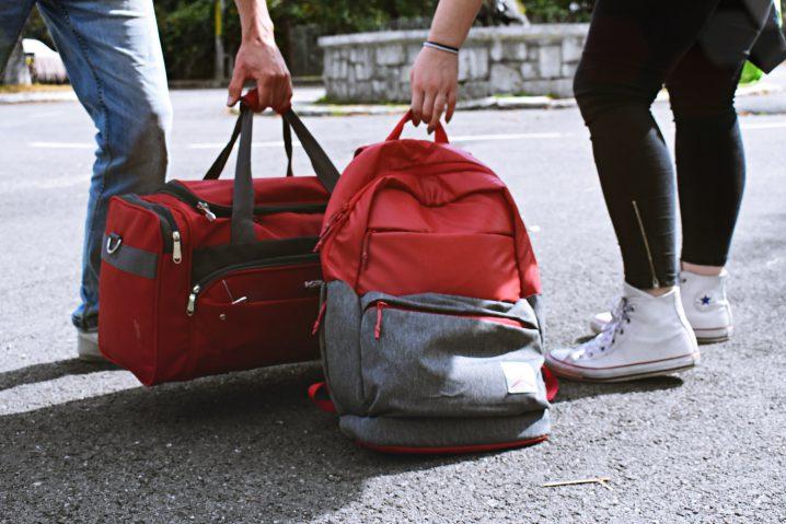 中学生の短期留学:初めてのホームステイで役立つ5つの持ち物