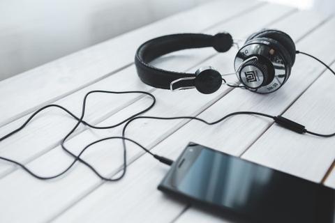image_listening