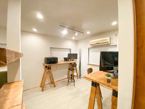 FULL HOUSE 新オフィス 作業スペース