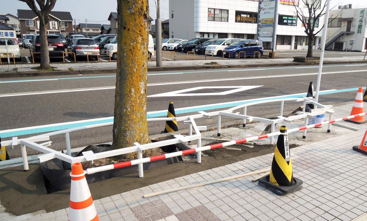 めがね会館までのメガネストリートの工事の様子。サンドーム福井までもワクワクするストリートに!