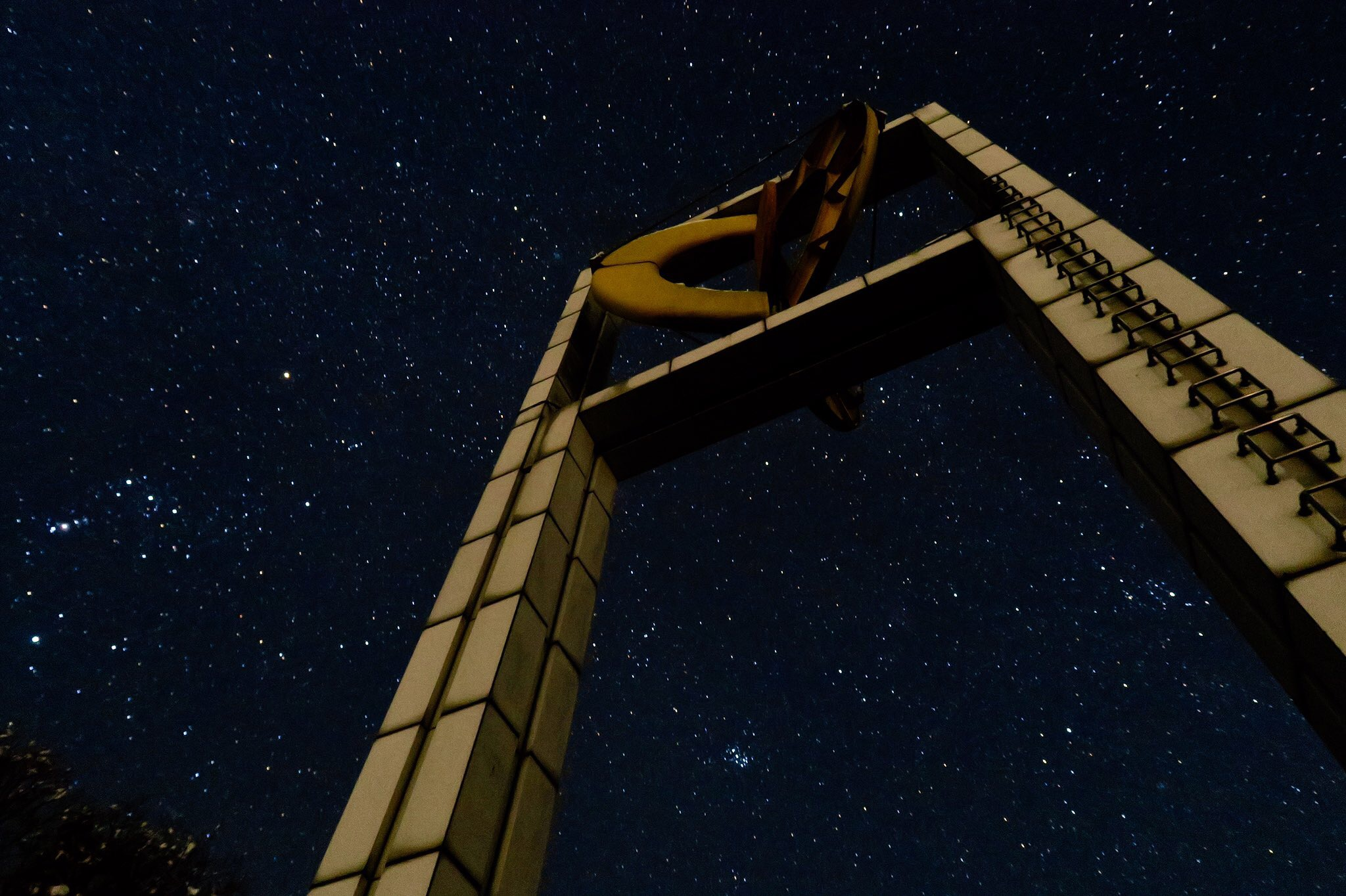 雲海ファンの間で「雲海夜景」と呼ばれる、夜景と雲海のコラボレーションも発信します