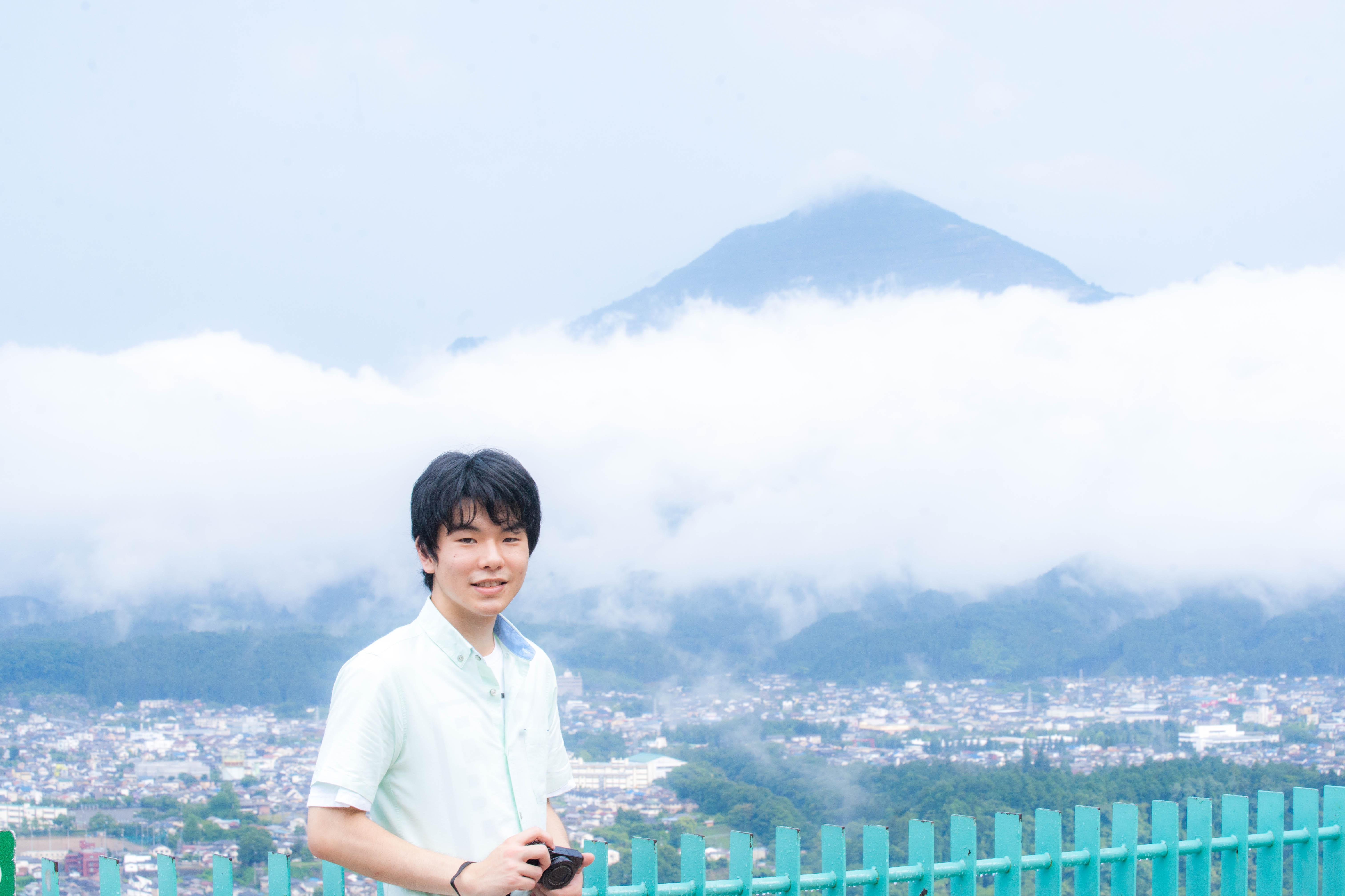 雲海ブームの火付け役、たなけんこと田中健太さん