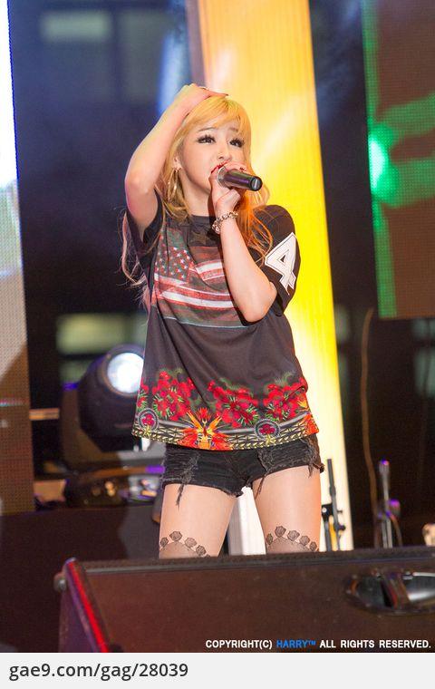 2NE1(투애니원)