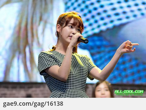 12/10/12 IU at 수원정보과학축제 by 블레싱