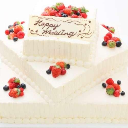 GAMOS 生ケーキ 3段角型
