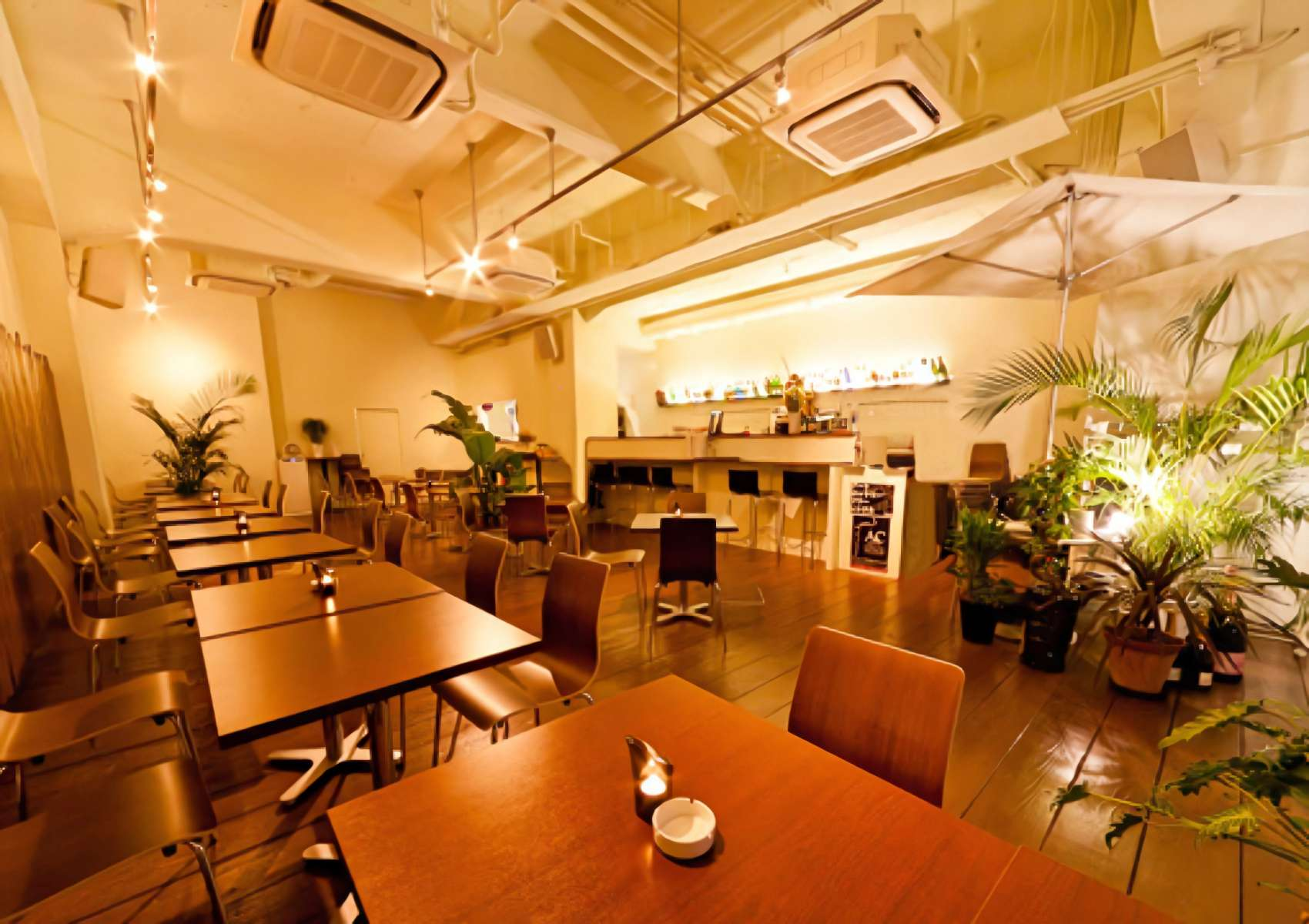 カフェ&レストラン DECO