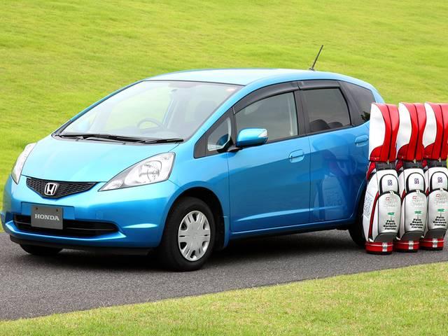 大ヒットを飛ばした2代目HondaフィットGE型の燃費や中古車価格について
