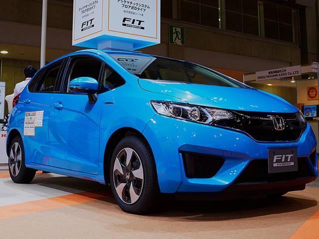 ホンダ流HVコンパクトカーGP型FITの燃費や他車との比較