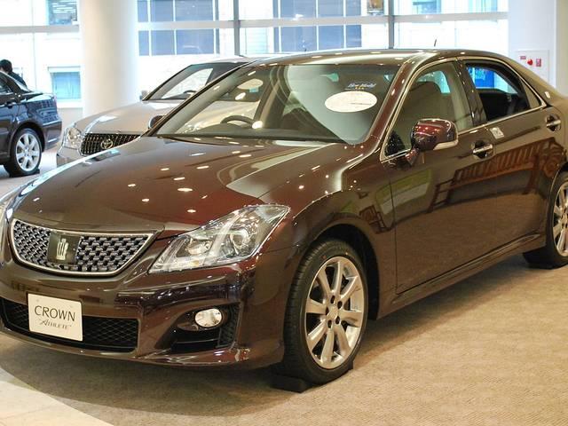 高級感と楽しさを持ったトヨタの名車、クラウンアスリート(200系)は今が買い時!?