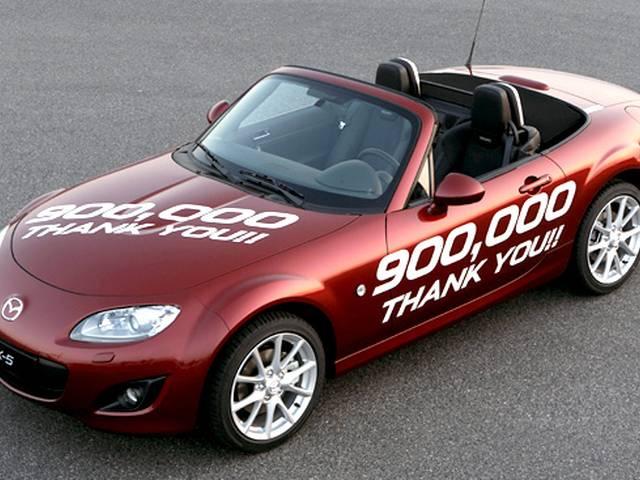 ボディとエンジンが大型化したNC型ロードスター、10年間売れ続けた魅力に迫ります