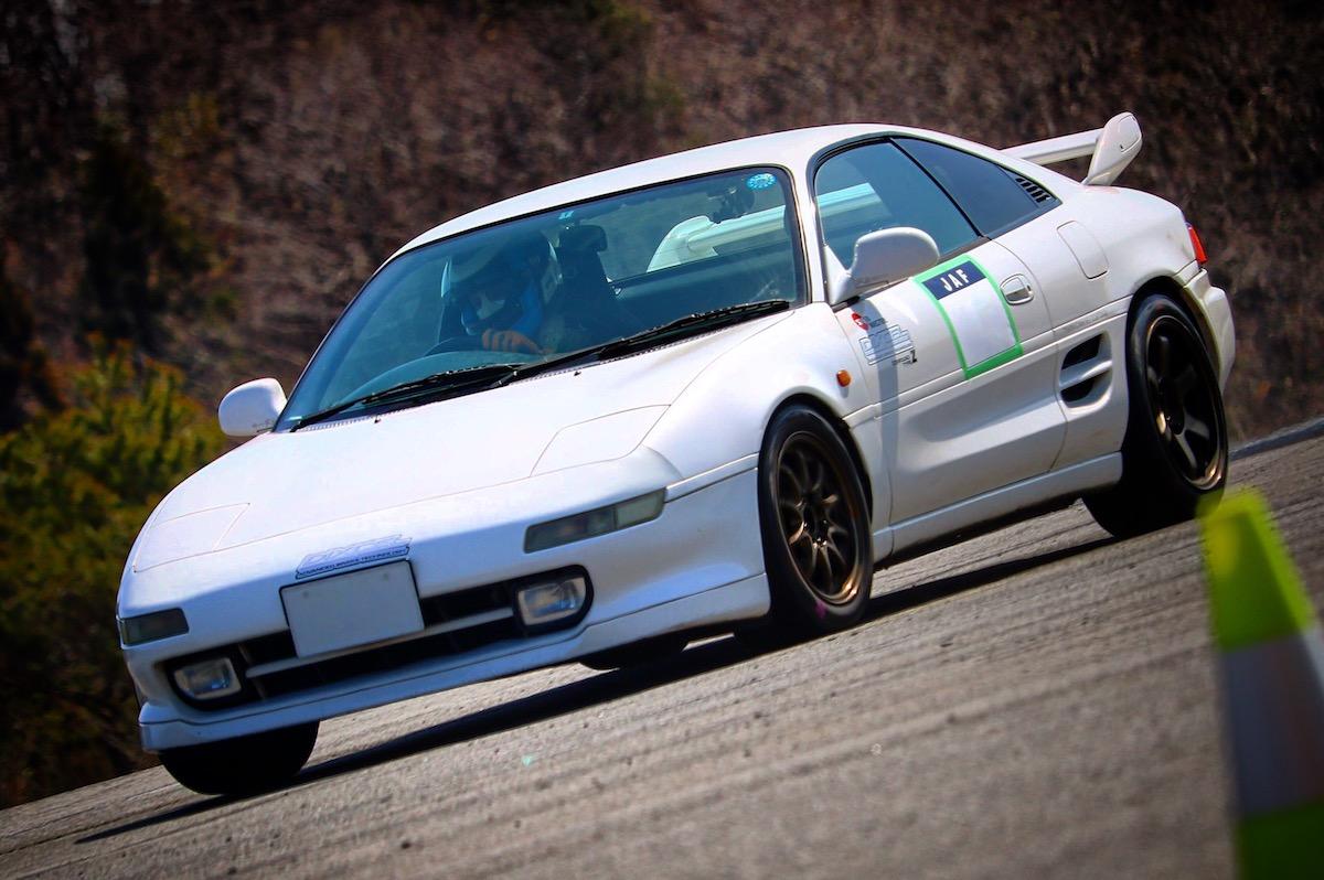 和製ミッドシップスポーツカーと言えばコレ!SW20型MR2の魅力を振り返ります