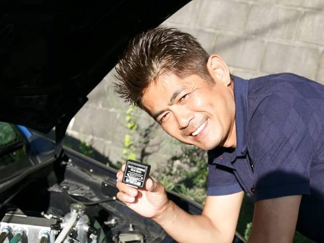 レーシングドライバー織戸学選手が本気で作ったスロコン!「感度MAX」って何がスゴいの?