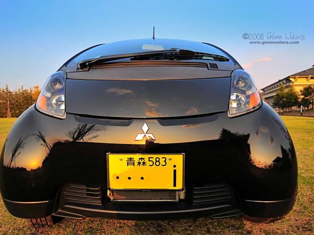 貴重なミッドシップ軽自動車、三菱i(アイ)ならではの魅力と人気の理由とは?
