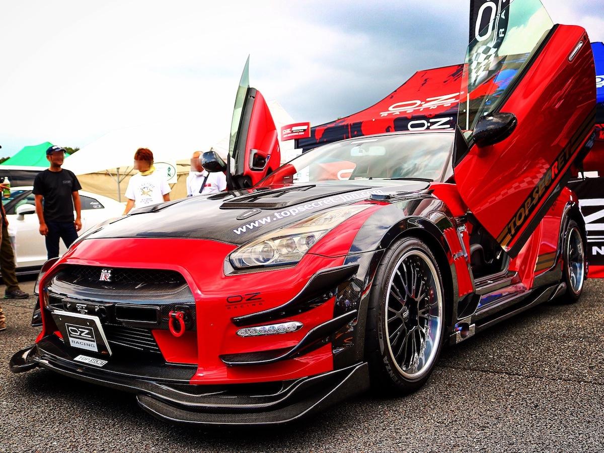 日産R35 GT-Rカスタムカーカタログ|オススメのパーツと人気のホイール、サスペンション、マフラーとは?