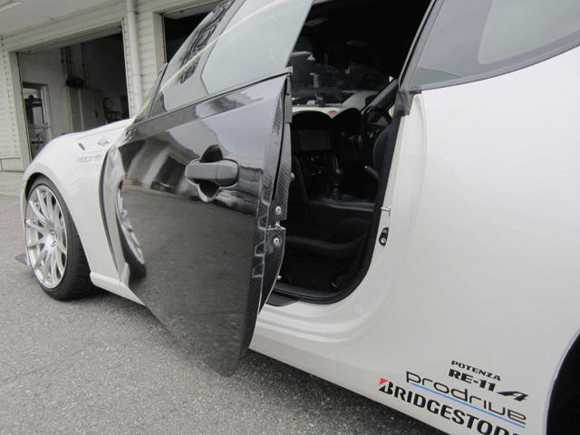 材質を変えて大幅軽量化!?トヨタ86におすすめな3つのカーボンドア
