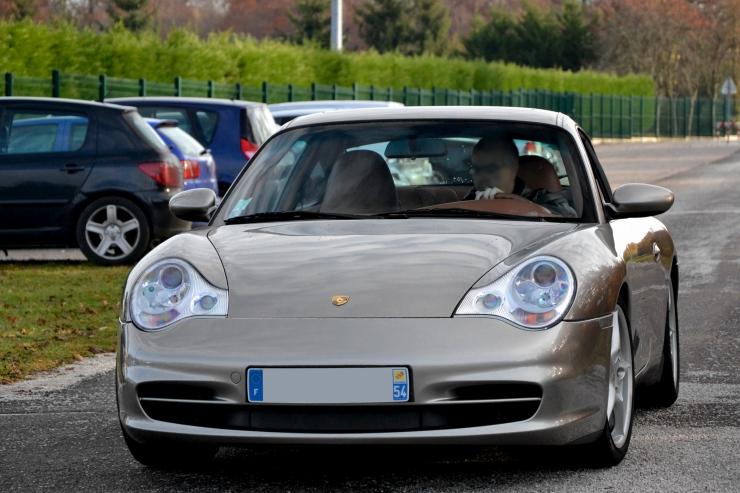 水冷ポルシェの先駆け、911カレラ(996)のオススメパーツ特集