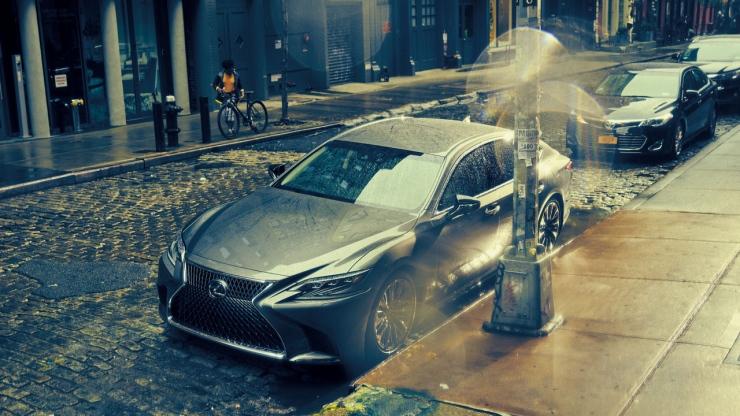 高級車レクサスLS(XF50系)をカスタム!オススメのパーツをご紹介します!