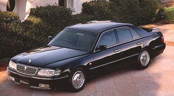 90年代のヤンチャな高級車と言えばコレ!3代目日産FY33型シーマとは?