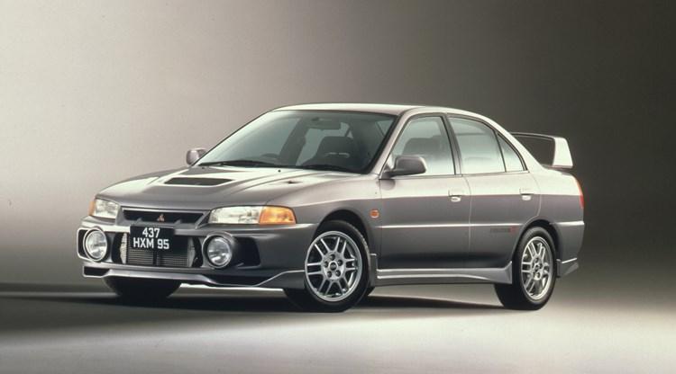 あの頃憧れたエボⅣを買うなら今!三菱・ランサーエボリューションⅣをおすすめしたい3つの理由