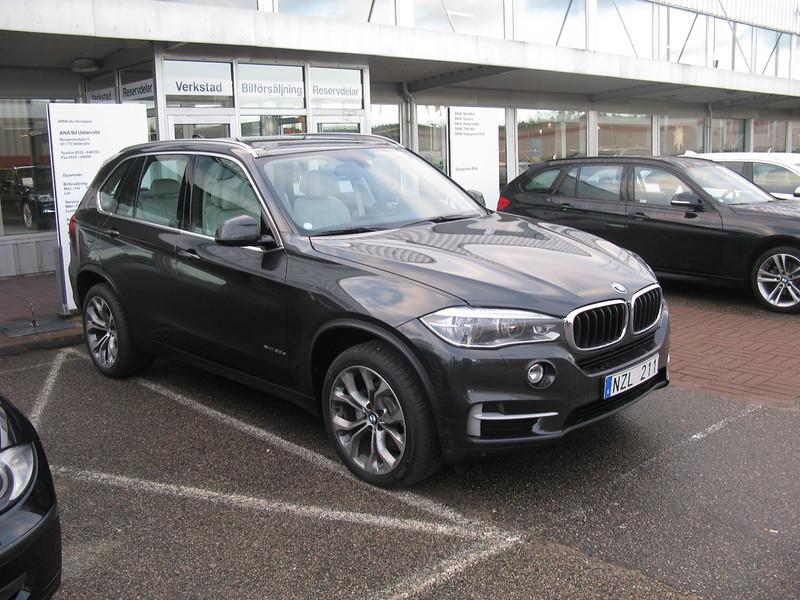 BMWの最高級クロスオーバーSUV!BMW・X5(F15型)が力強い走りを楽しみたい人にオススメな5つの理由