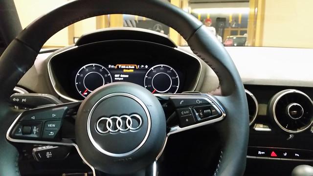 ドイツ車はハンドルが重いらしい?国産車と違うのはなんで?