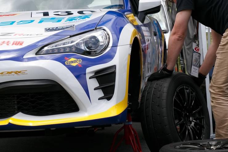 86brzレース タイヤ交換