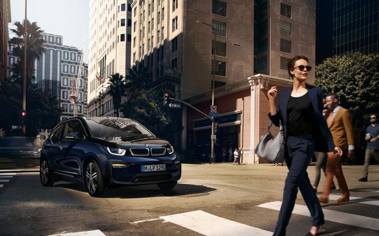 BMW i3 カスタム