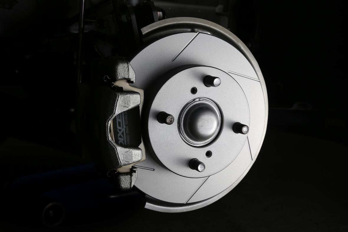 ディクセル dixcel ブレーキ パッド ローター スリット 交換 違い 純正