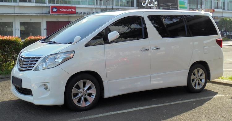 トヨタ アルファード 20型 外装