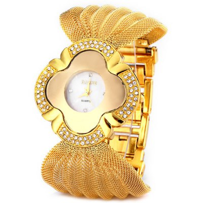 Superb Mesh Steel Band Women Quartz Watch with Round Dial
