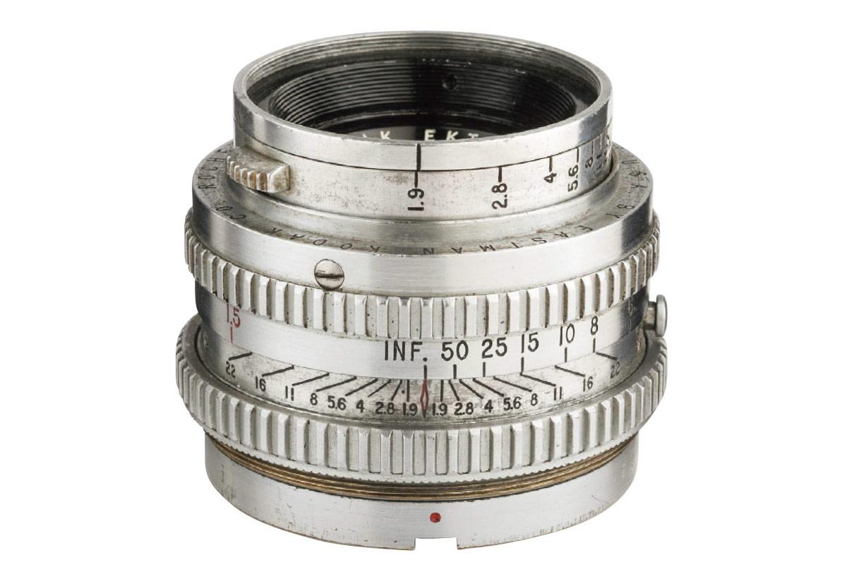 70年前のコダック製レンズ・Ektar 50mm F1.9が生み出すオールドレンズの魅力