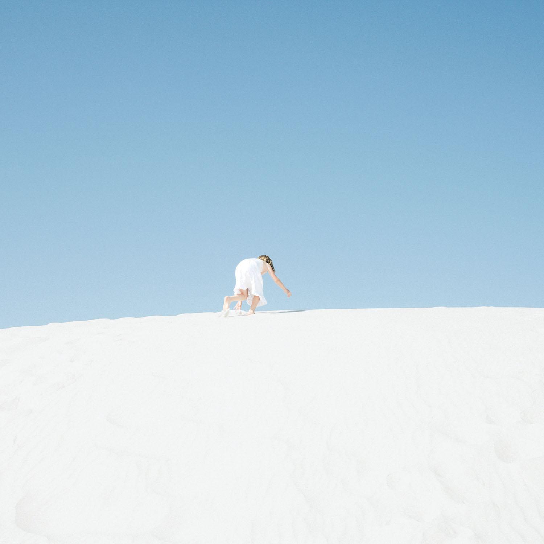 小川亮写真展「MILES AWAY」