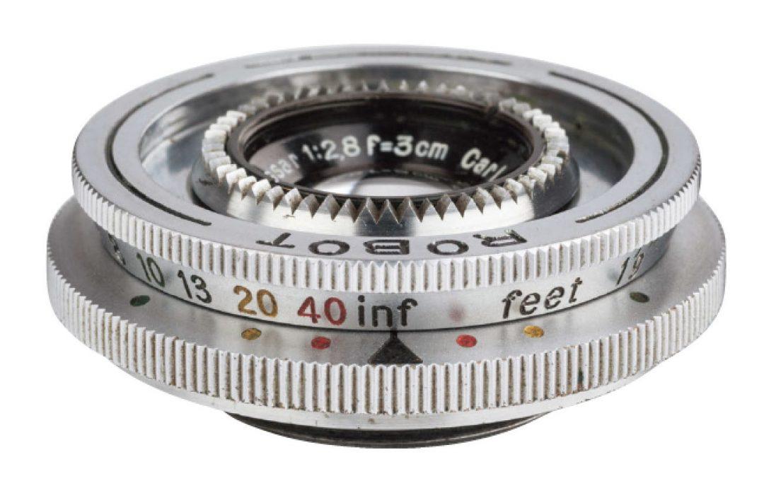 オーバーイメージサークルで周辺描写の流れを楽しむ Tessar 3cm F2.8