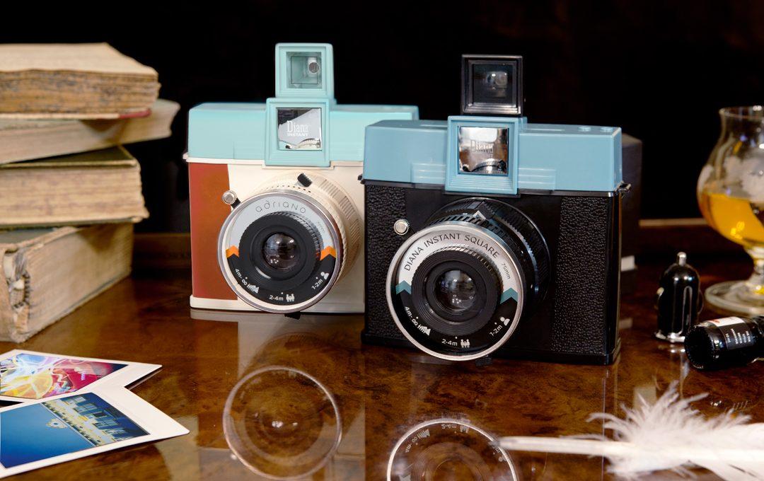ロモからレンズ交換可能なスクエア型インスタントカメラ「Diana Instant Square」が発売