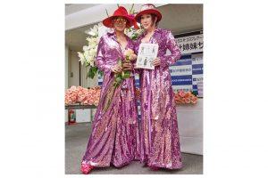 叶姉妹、写真集の重版記念イベント開催!