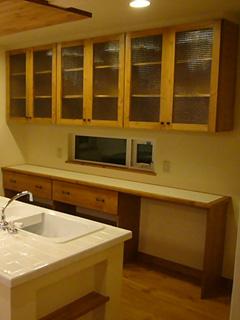 A社N様 食器棚のチェッカーガラス