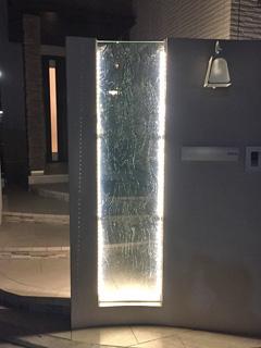 株式会社N様 門柱のデザインガラス