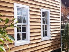 T.H様 自作小屋の上げ下げ窓のガラス