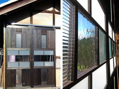物置兼作業場の扉