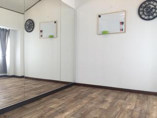 U社O様 スタジオの鏡
