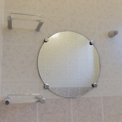 I 様 浴室の円形鏡交換