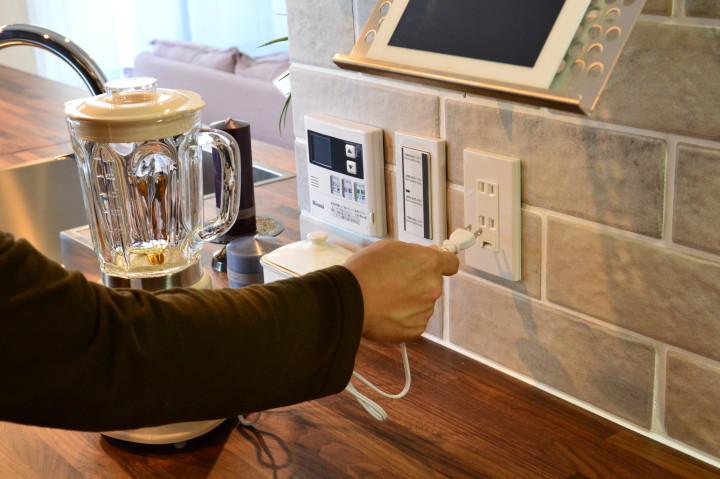 たっぷりとコンセントがあるおかげでレギュラー化できる家電が増えそうだ。
