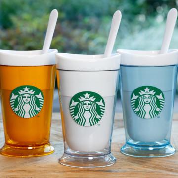 カラーはイエロー、ホワイト、ライトブルーの3色