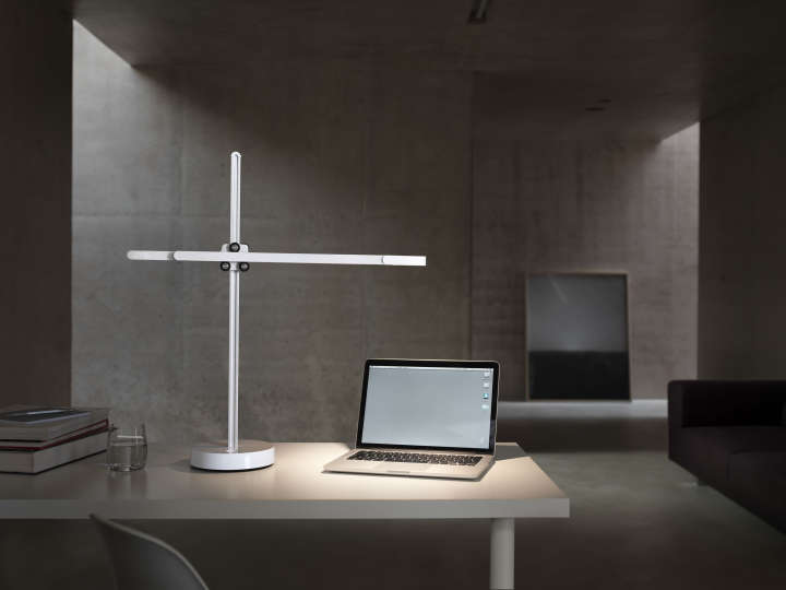 CSYS Desk 2 DYSON