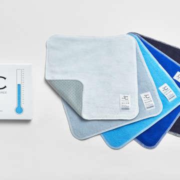 クールホワイト、クールグレー、クールターコイズ、クールブルー、クールネイビーの5色/23×23cm/1296円