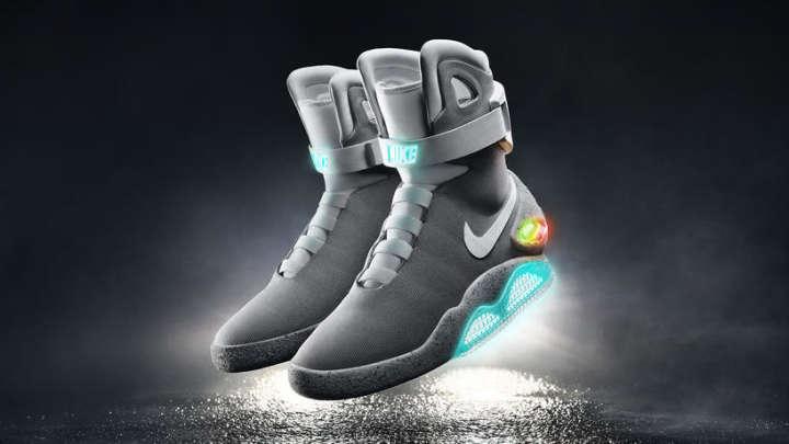 2015-Nike-Mag-02_48622